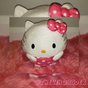 TY Hello Kitty Beanie Ball🎀